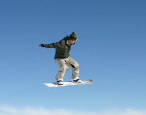 Sezon narciarski tuż-tuż! Czy Twoja deska snowboardowa jest gotowa?